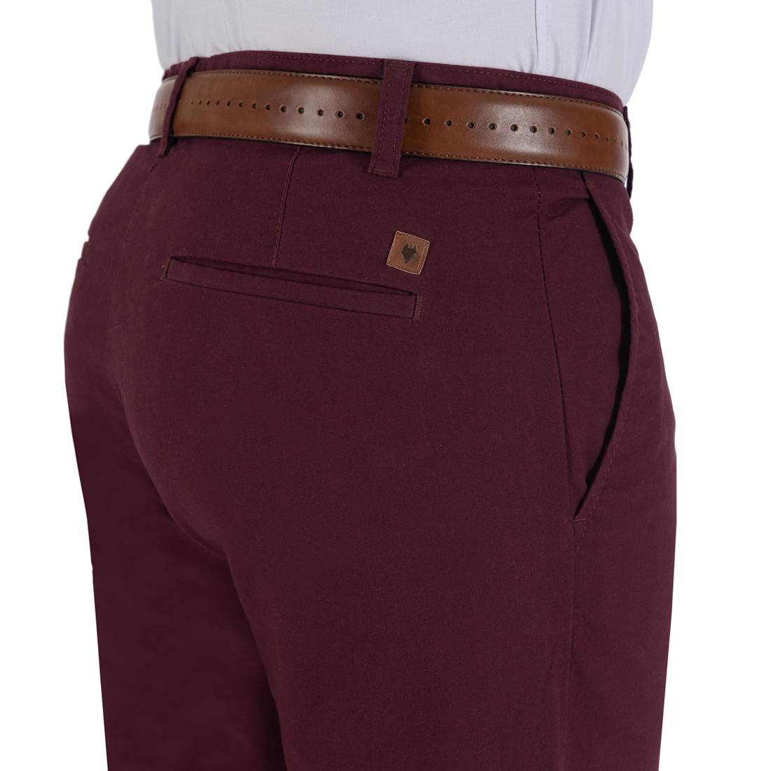 010811077434-04-Pantalon-Casual-Sin-Pinzas-Classic-Fit-Con-Elastano-Vino-yale