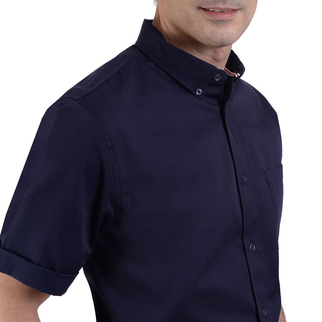 042331381719-03-Camisa-Manga-Corta-classic-Fit-Marino-yale
